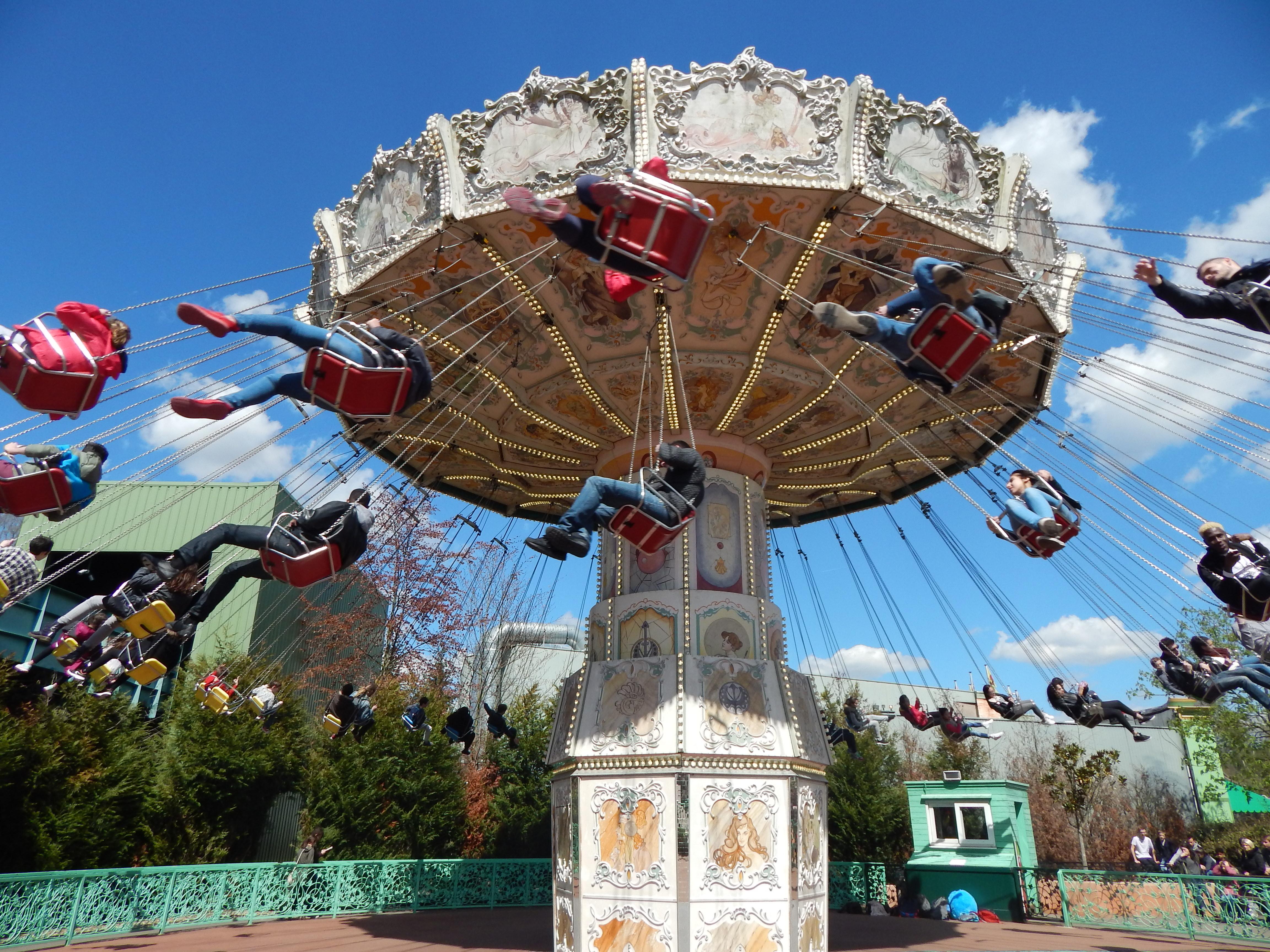 balancoire parc astérix